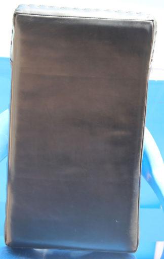 Макивара изогнутая для отработки ударов (из натуральной кожи) - вид спереди
